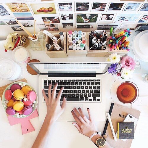 girl typing office inspo pretty macaron