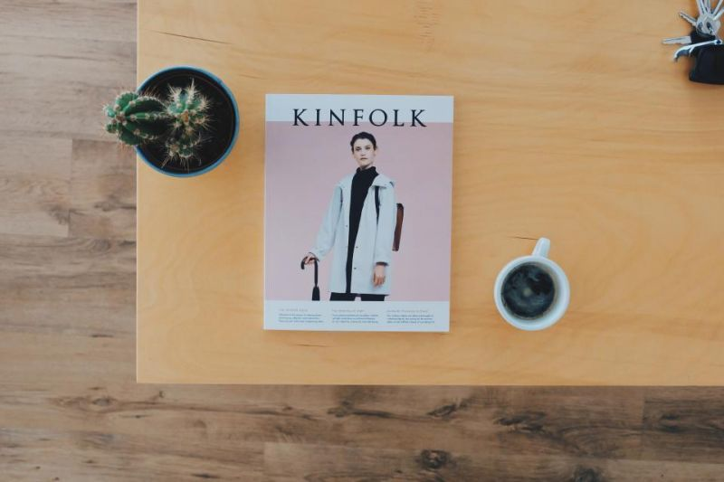 kinfolk mag on desk minimal