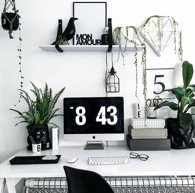 9 essential linkedin tips for personal branding yes supply co essential linkedin tips pretty home office with clean and minimal plants malvernweather Images